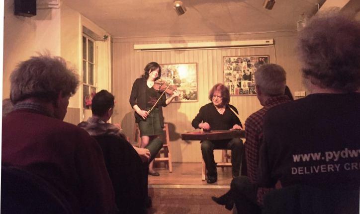 Delta ladies at Islington Folk Club