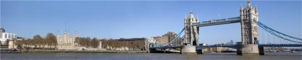 Мост через реку в Лондоне