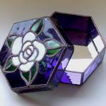 「薔薇の小箱」