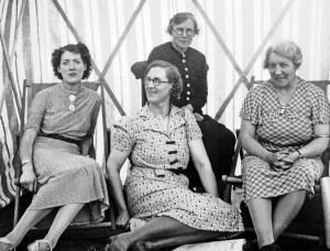r.e.w. gartly and aunts, heath