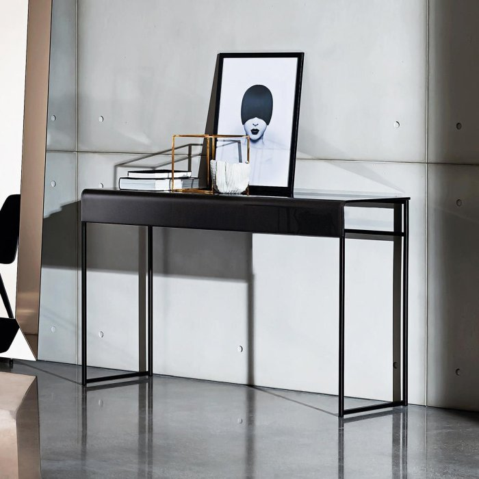 sovet nido console table