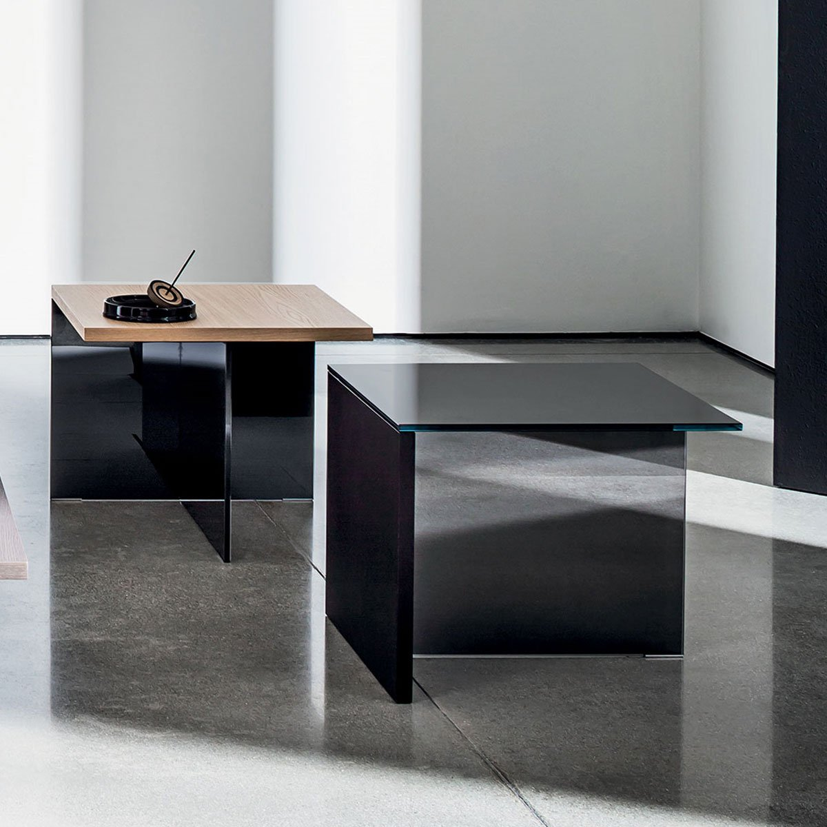 Regolo Square Glass and Wood Coffee Table