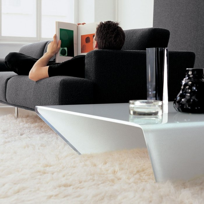 Rubino Curved Glass Coffee Table by sovet Italia