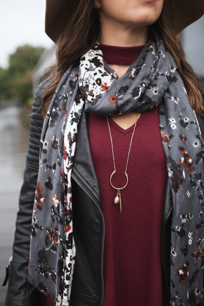 Lifestyle Blogger Roxanne of Glass of Glam styles a burgundy South Moon Under dress for fall