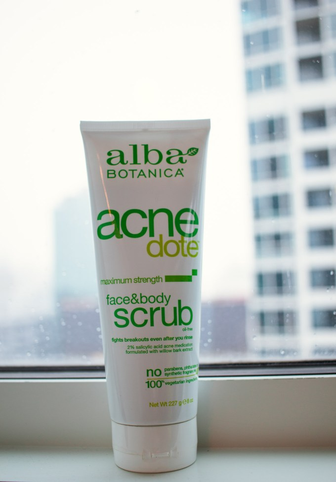 Lifestyle blogger Roxanne of Glass of Glam's review of the Alba Botanica Acnedote scrub and Fast Fix for a pimple