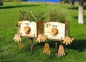 Поделки для сада и огорода своими руками - из бутылок, шин ...