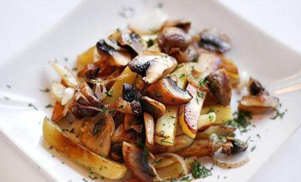 Жареные грибы - рецепты с луком, сыром, шампиньоны на ...