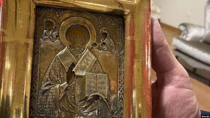 Подаренную Лаврову старинную украинскую икону вернули в Боснию