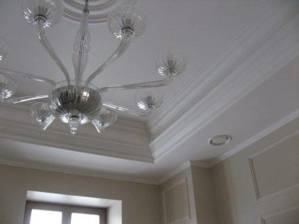 Система вентиляции в главном зале загородного дома