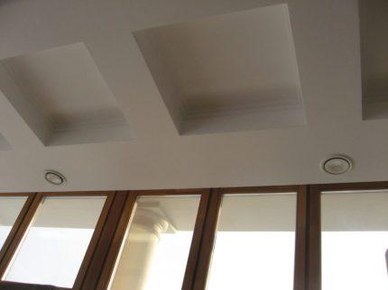 Аккуратные выходы системы вентиляции в загородном доме