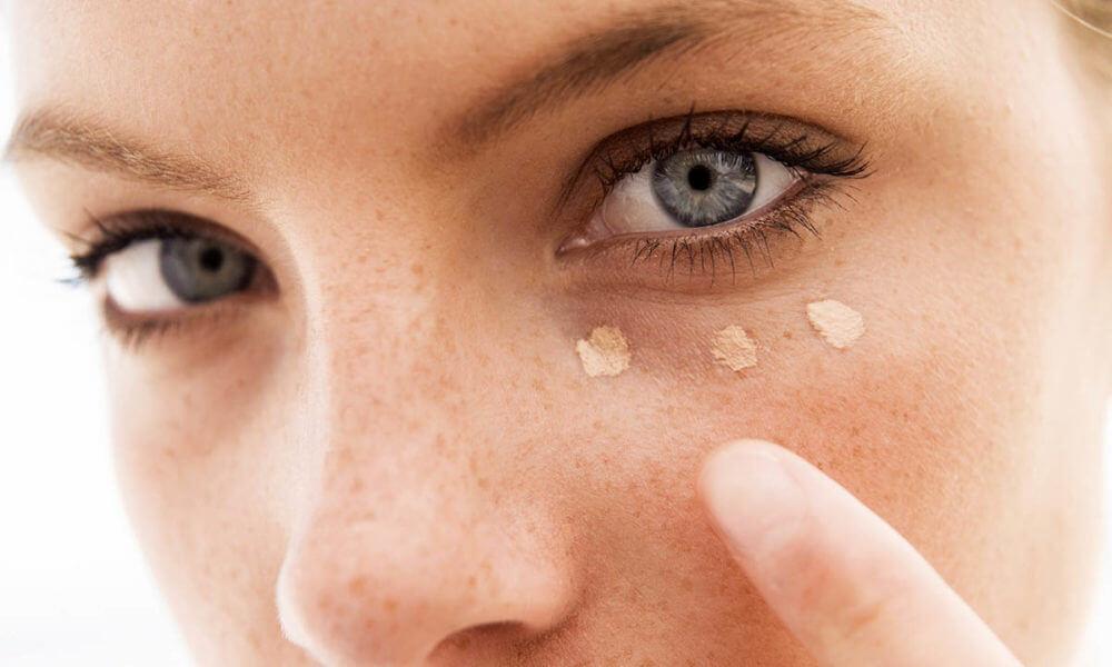 Как убрать вены под глазами в домашних условиях. Если лопнул сосуд под глазом, образовался синяк – как лечить