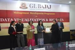 management-devemdp-on-data-visualization-big-data-40
