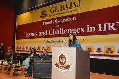 panel-discussion-on-issues-and-challenges-in-hr-20