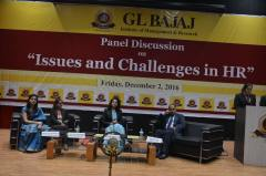 panel-discussion-on-issues-and-challenges-in-hr-4