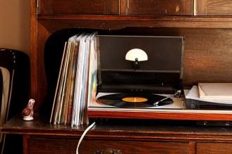 Vintage Audio Tech (2)