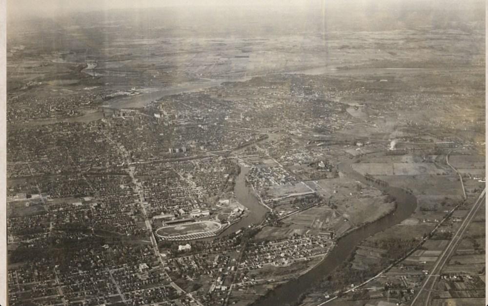 1922-1956 Aerial Photos of the Glebe (1/4)