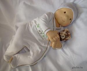 hordozós baba