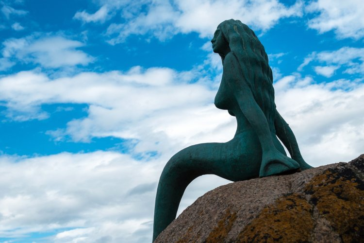 Feel the lure of the mermaid pulling you to Balintore