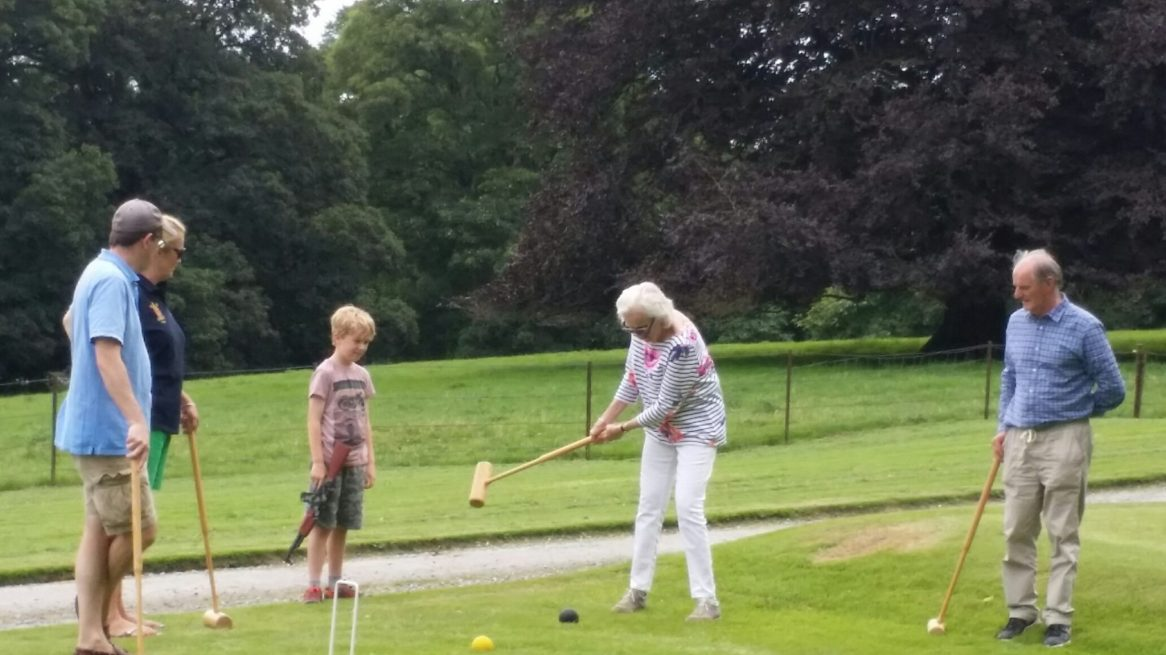 croquet with guests