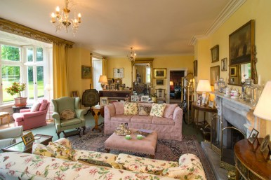 the sitting room at Glenlohane country house cork