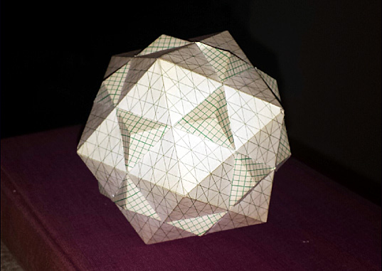 Paper model of a Dodecahedron-Isocshedron compound
