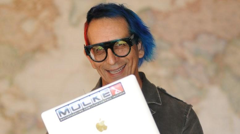 "Glenn Zucman with 12"" MacBook"