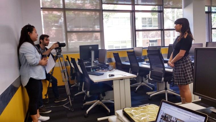 Vivi Goh in a CSULB computer lab