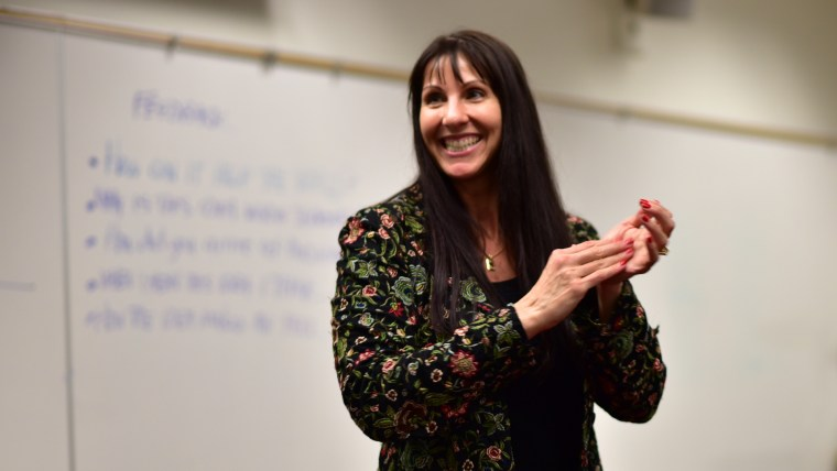 Kimberly Weil of Strategic Samurai leading a TEDxCSULB workshop in a psychology classroom on the CSULB campus