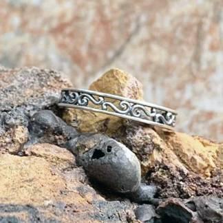 Dainty Filigree Silver Ring