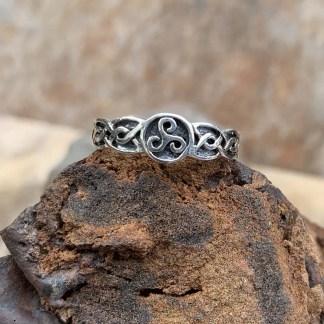 Sterling Celtic Triskele Ring