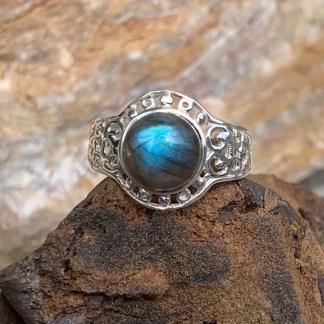 Labradorite Sterling Round Ring