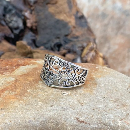Sterling Wide Floral Ring