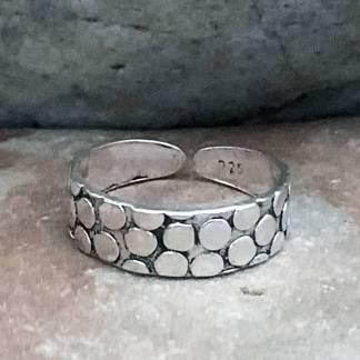 Abstract Circles Toe Ring
