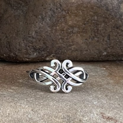Celtic Knot Toe Ring