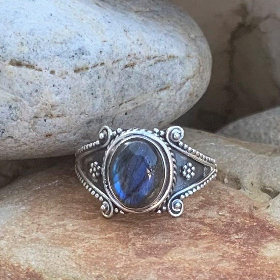 Sterling Silver Labradorite Ring
