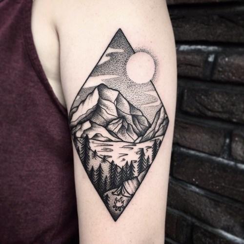 Dotwork Raute Von Lisa Glaube Liebe Hoffnung Tattoo