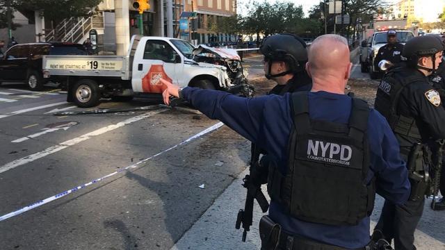 Shooting in Lower Manhattan via yazzzie