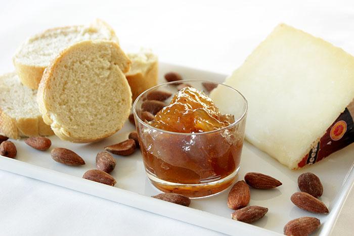 manchego-crostini-ingredients