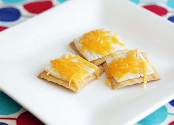 turkey-and-cheese-crackers
