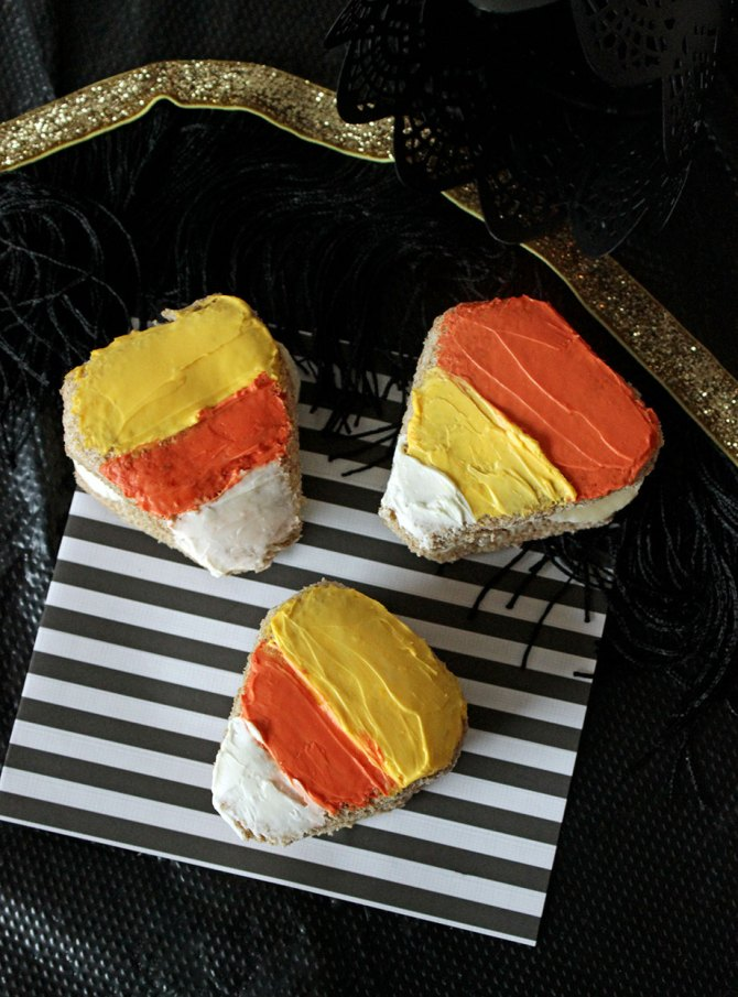 Candy-Corn-Sandwiches