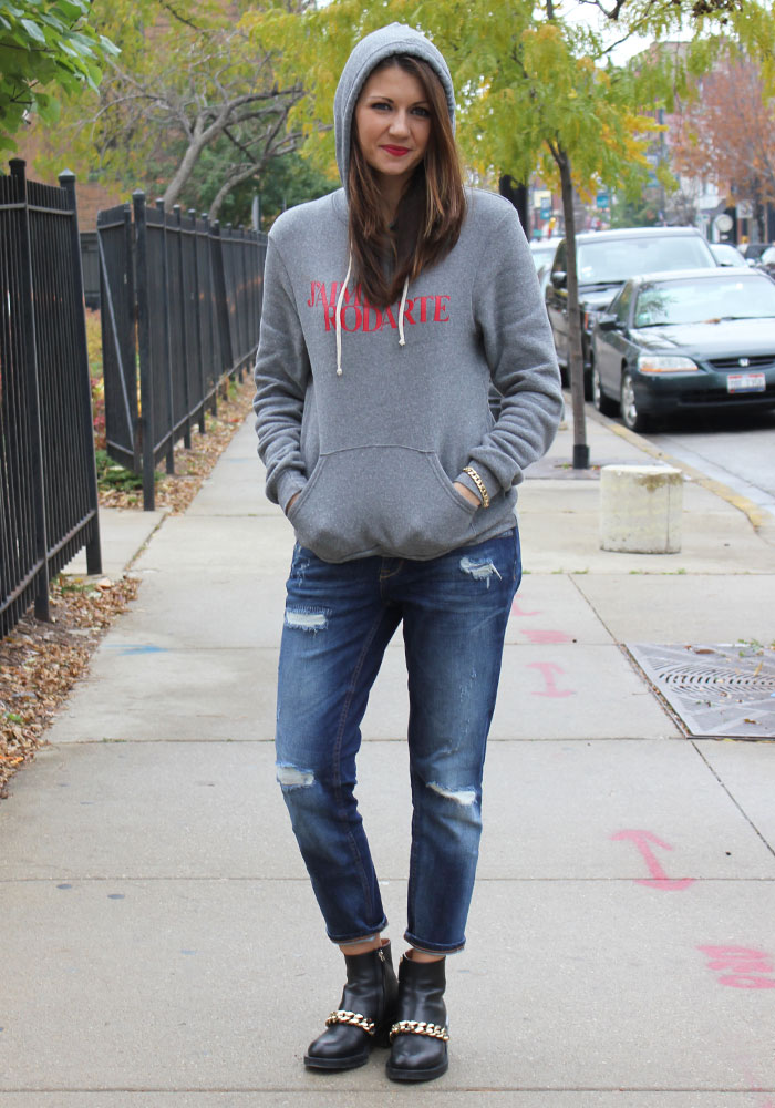CorriMcFadden-Rodarte-Sweatshirt-Boyfriend-Jeans-Givenchy-Boots-Stacking-Rings-Leather-Sweater