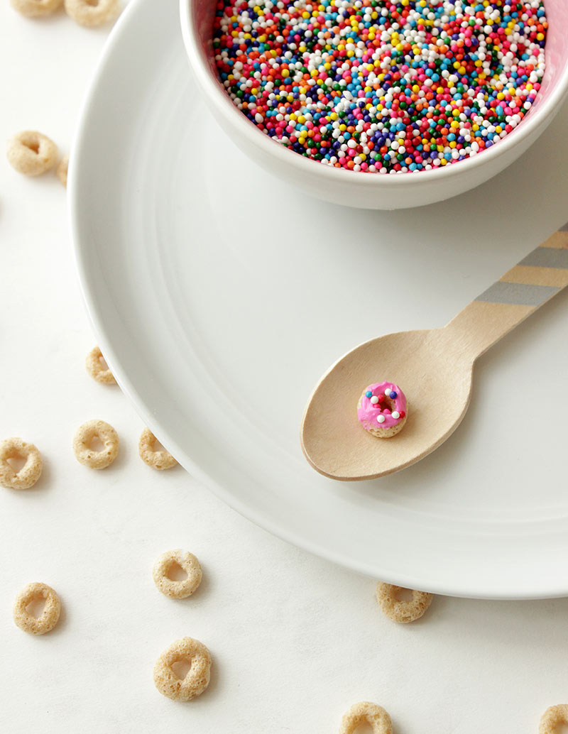 A recipe for mini donut sprinkle cereal by Glitter and Bubbles.