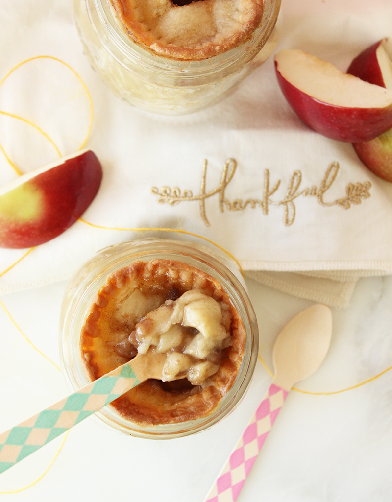 This is apple pie in a jar for Thanksgiving.