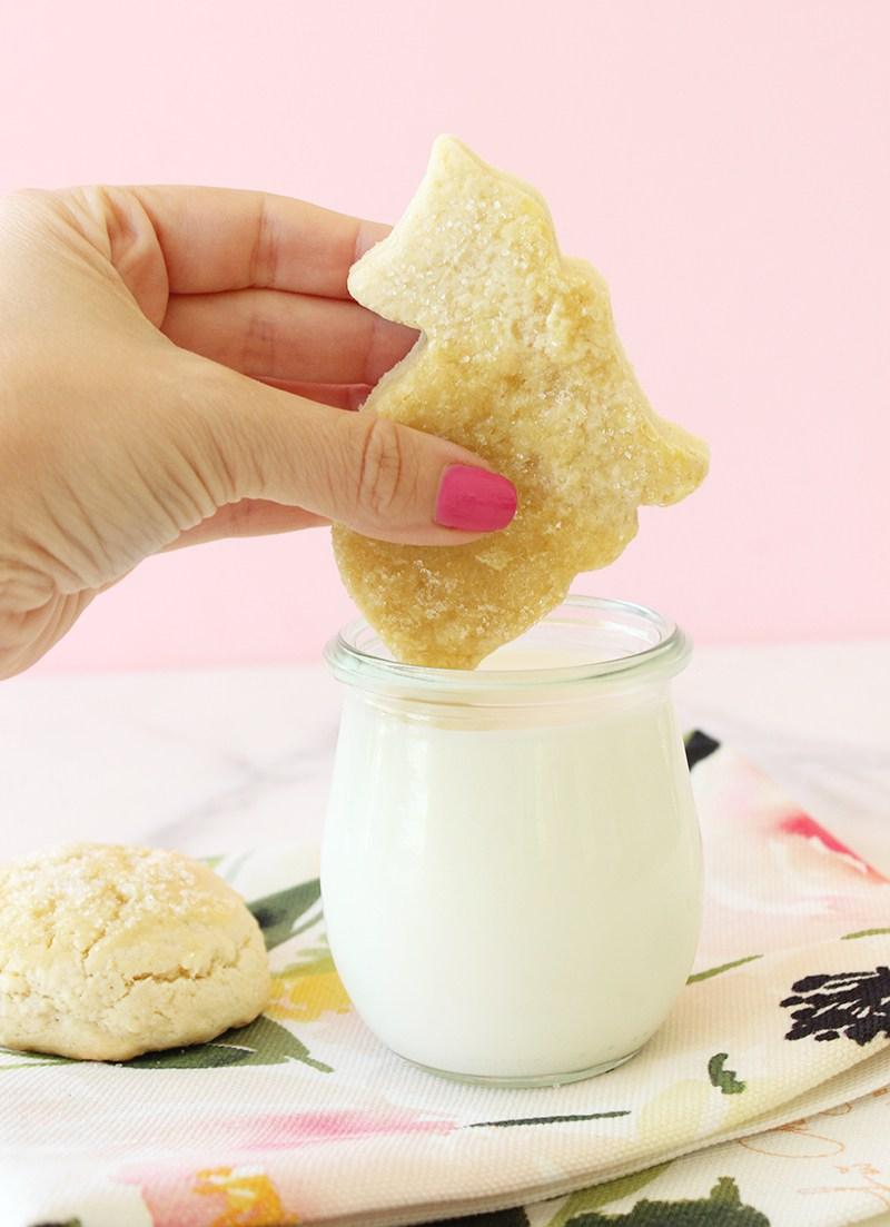 A dessert recipe for kitty cat butter cookies.