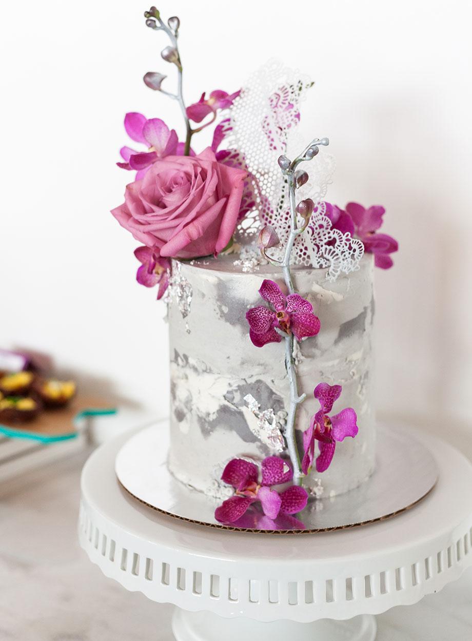 Bon Vivant Cake