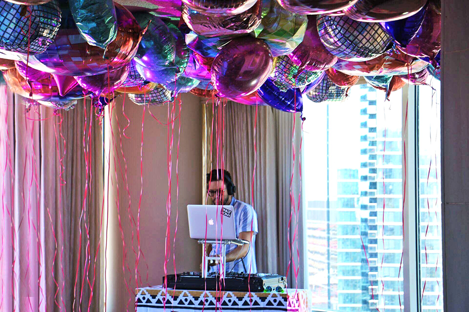 DJ Matt Roan at Zelchella at Swissotel Chicago.