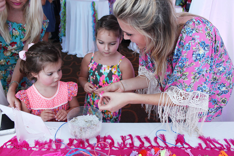 An easy DIY with Make to Celebrate at a girls birthday party.