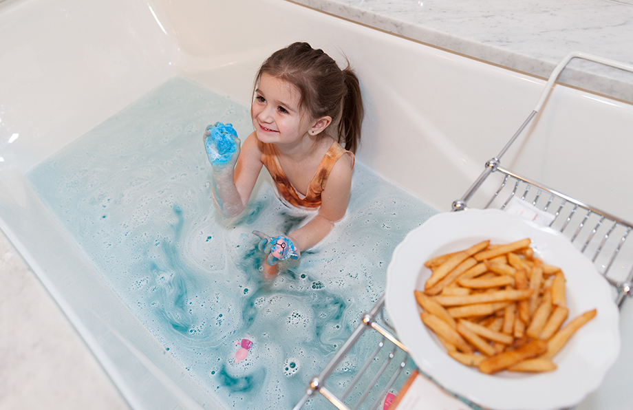 Bath time at the Waldorf Astoria with bubbles.