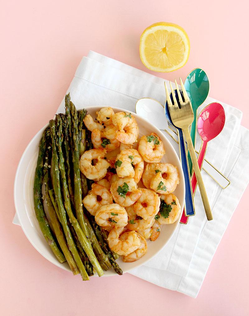 An easy weeknight dinner for garlic shrimp and roasted asparagus.
