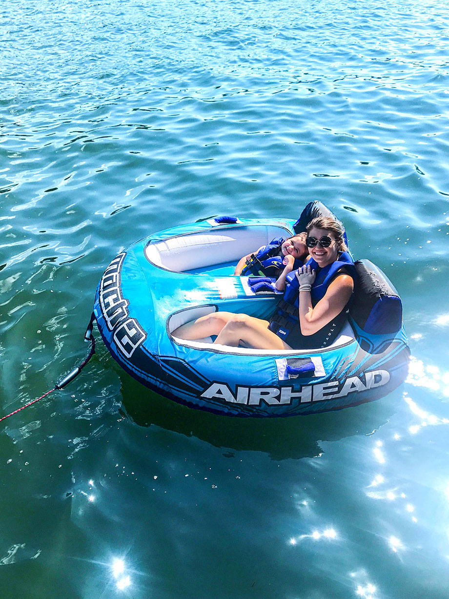 How to stay safe on the lake with Glitter and Bubbles.